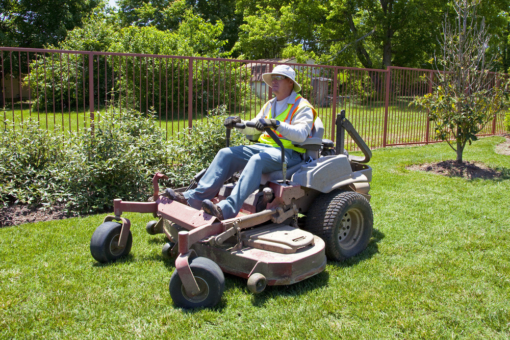 How To Jack Up A Zero Turn Mower?