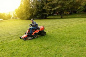 How To Stripe A Lawn With A Zero Turn Mower?